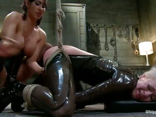 Isis Love dominants a sexy submissive whore and makes her cum