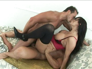 Stunning Anal MILF Mandy Bright Gets Overspread In Thick Cum In a 3some