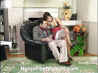 Madeleine&Monty cool nylon feet movie