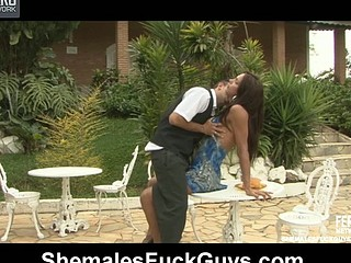Leticia&Rodolfo shemale dicking guy on movie scene
