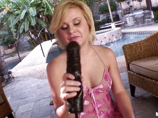 slutty blode playing with huge dildo