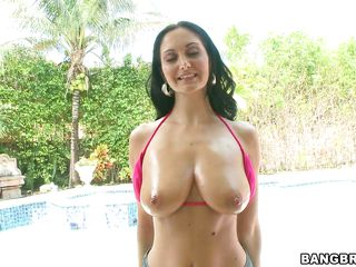 busty brunette shows off her sexy body