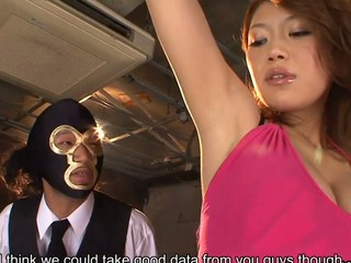 Immodest spy Runa Sesaki gets caught and rammed