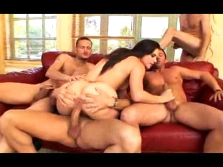 Bobbi Starr team fuck with ass stretching